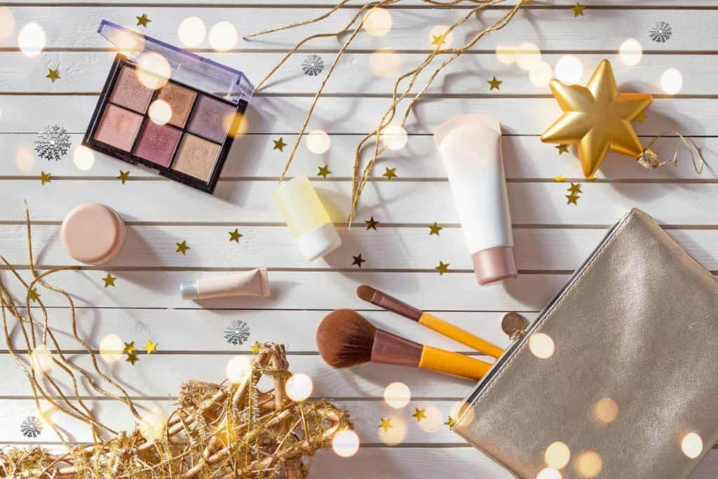 cosmetics-bag-travel-gift
