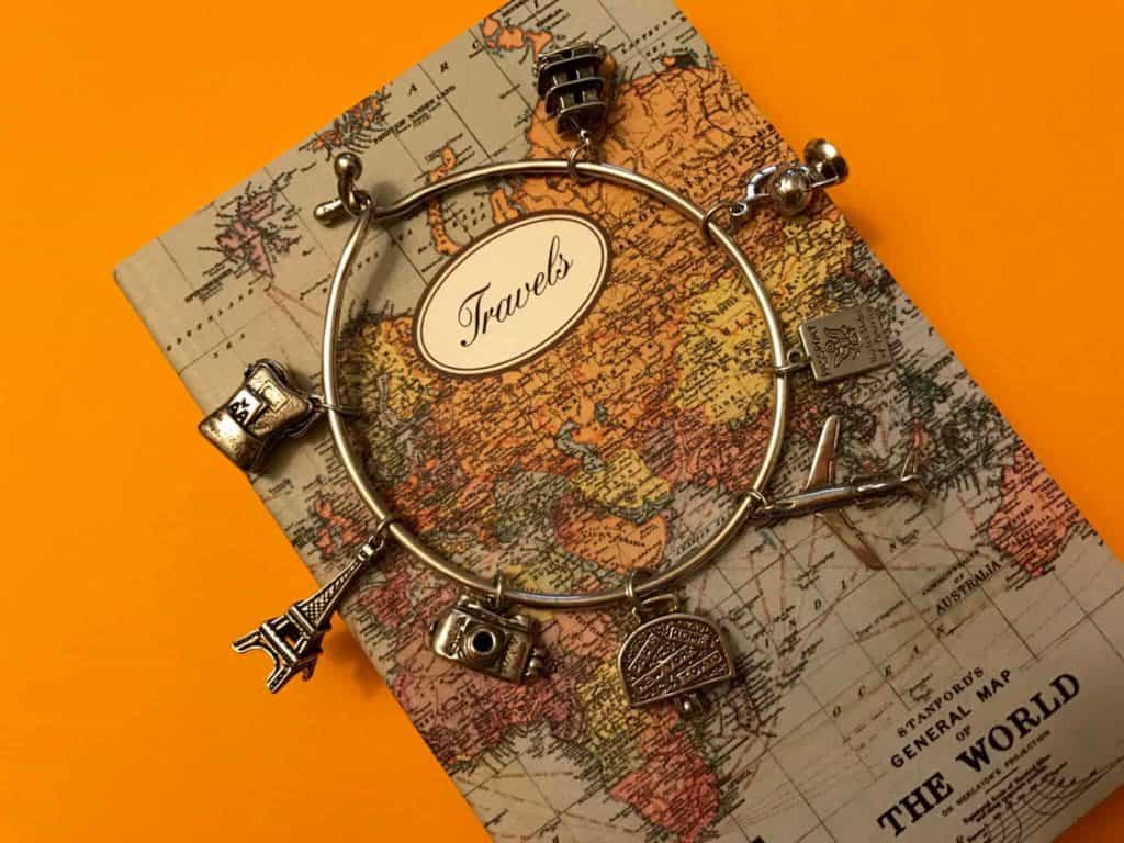 travel-bracelet-charm