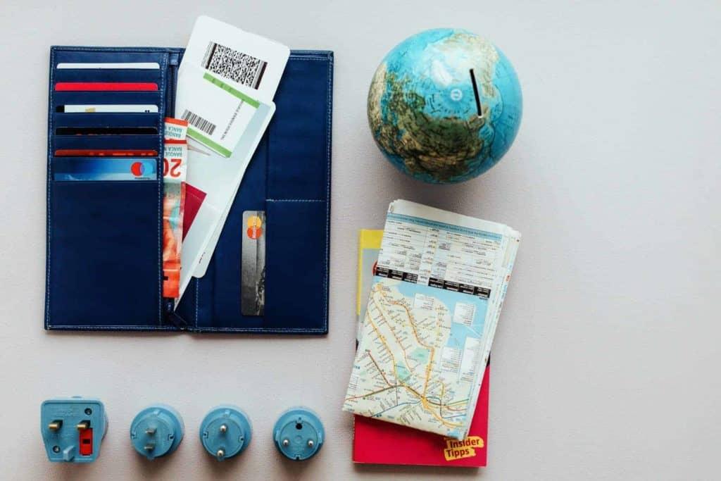 travel-wallet-essentials