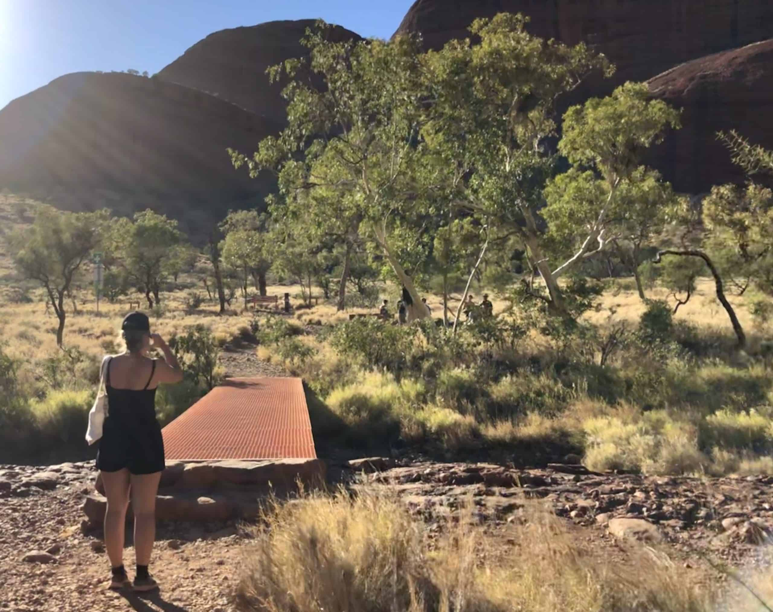 hiking-trails-travel-goal