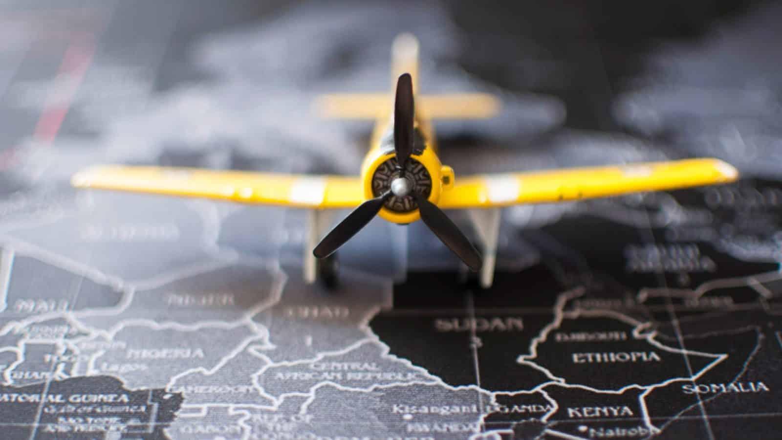 travel-during-pandemic-airplane