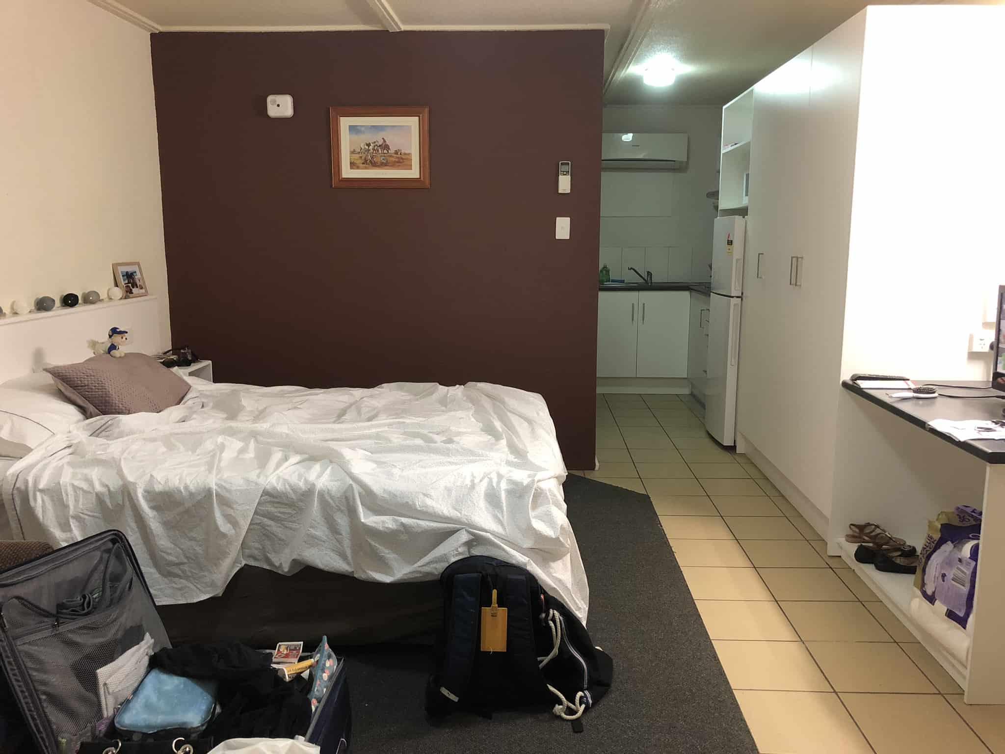 travel lifestyle bedroom